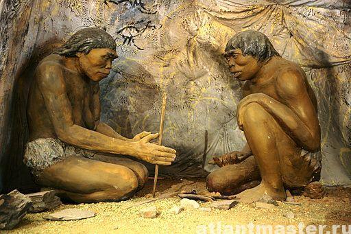 Макет пещеры первобытного человека