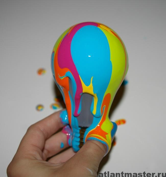 Окраска электрических лампочек