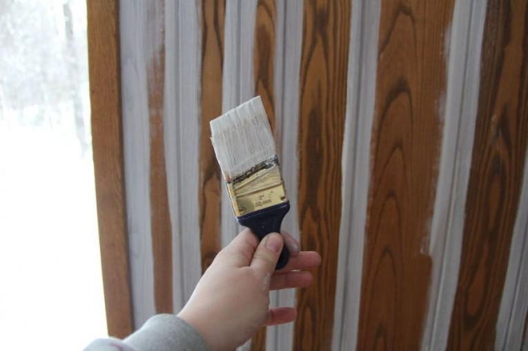 Как покрасить вагонку своими руками 11