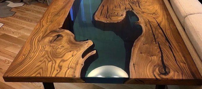 стол залитый эпоксидной смолой